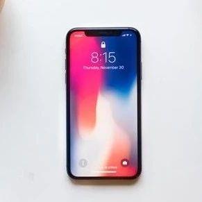 iPhone 疯狂闪退,这玩意儿到底怎么治?